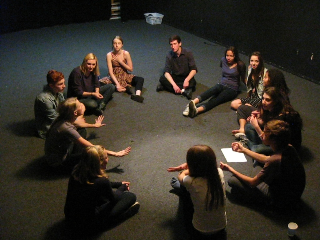 Sara teaching young actors in her studio